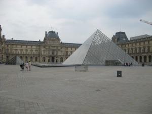Le Louvre (or is it La Louvre?)